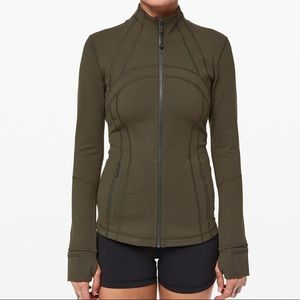 Lululemon Define Jacket in Dark Olive - Size 6